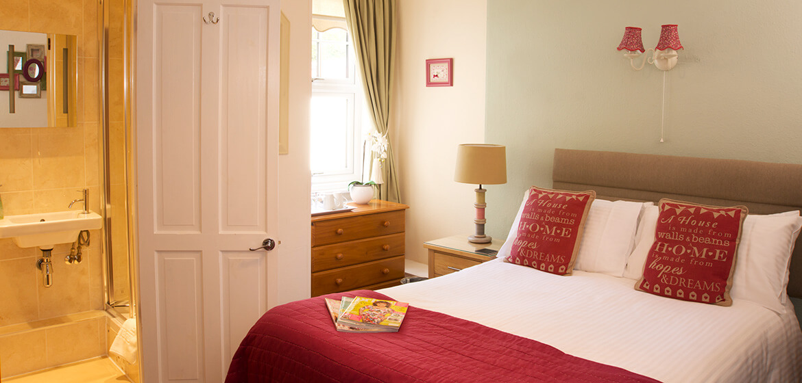 Ravenswood B&B, Torquay, UK, Holiday